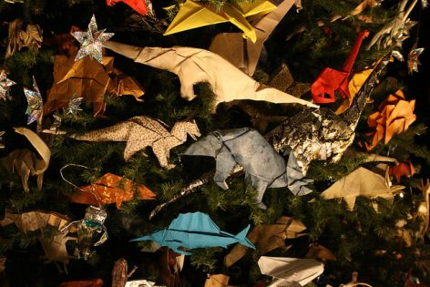 10 Easy Eco Friendly Christmas Decorations That Look Awesome Giant Singapore